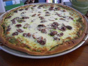Pesto Pizza with Kalamata Olives